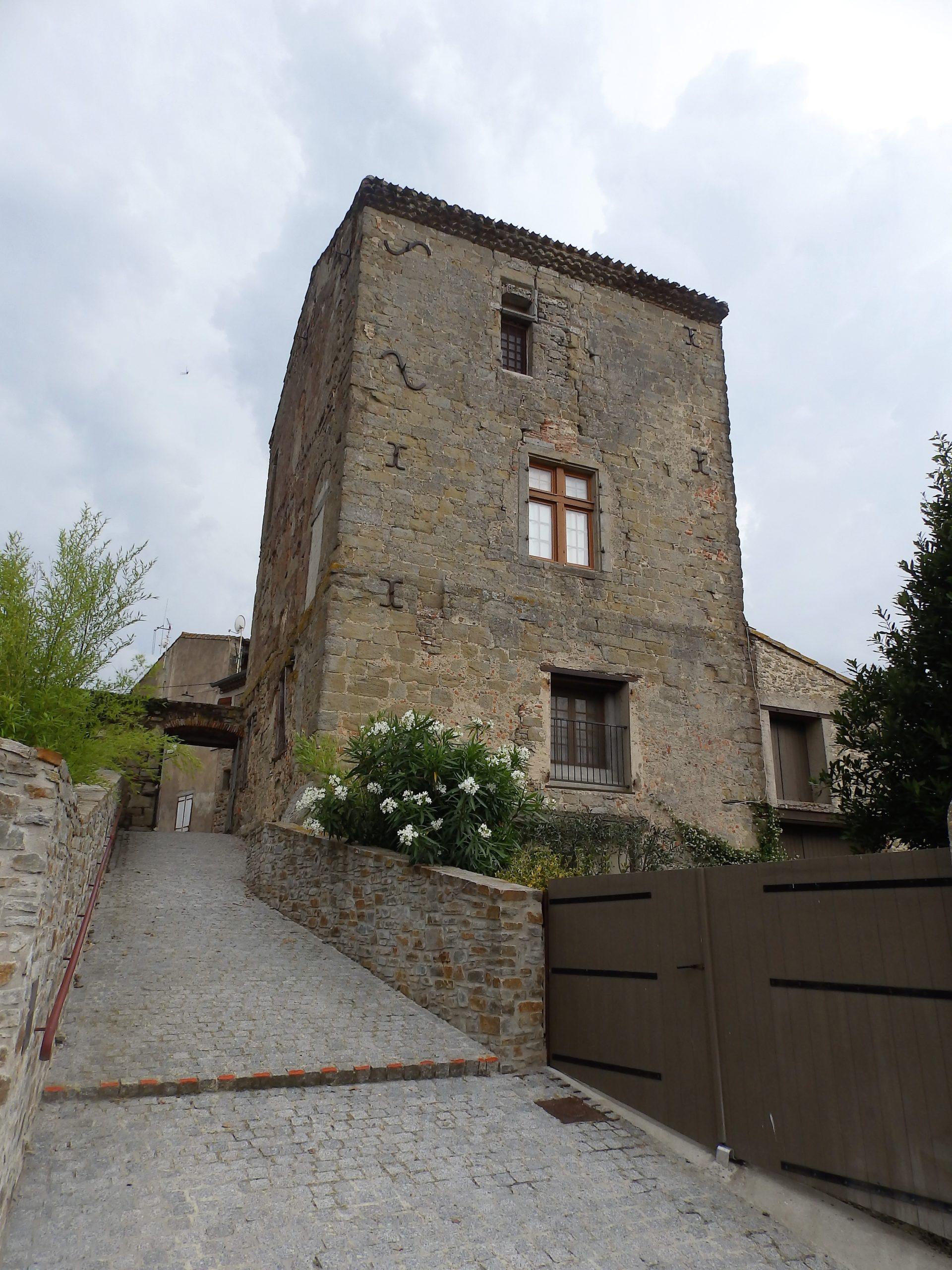 le château Arzens