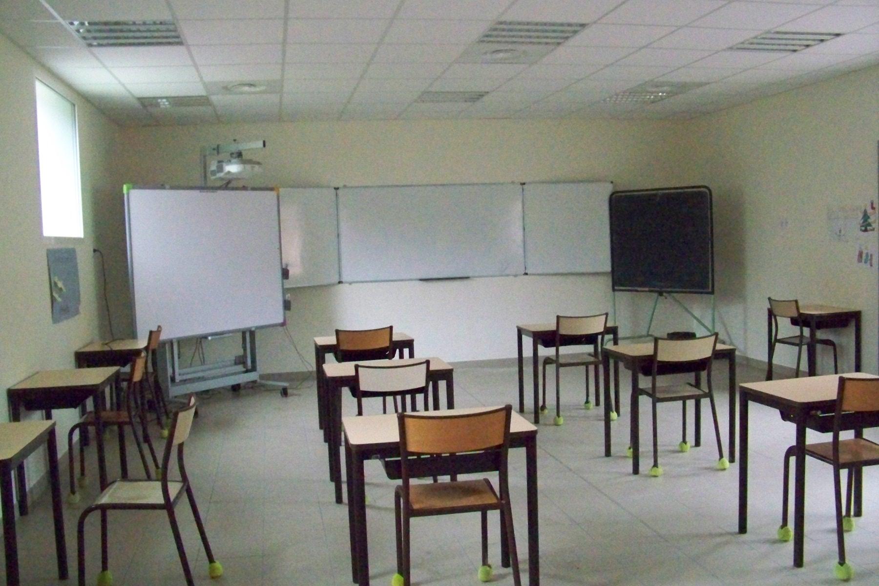 salle de classe école Arzens