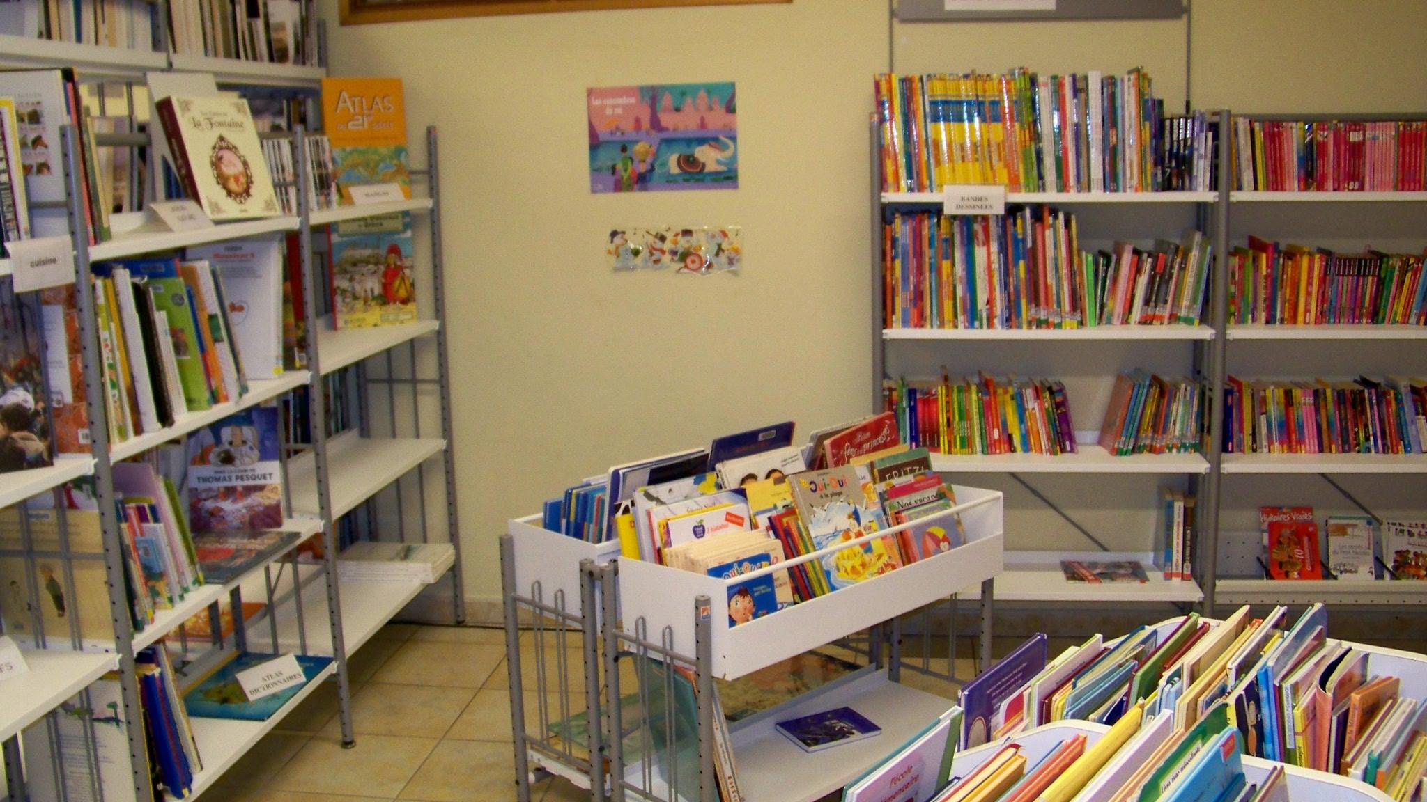 coin jeunesse bibliothèque Arzens
