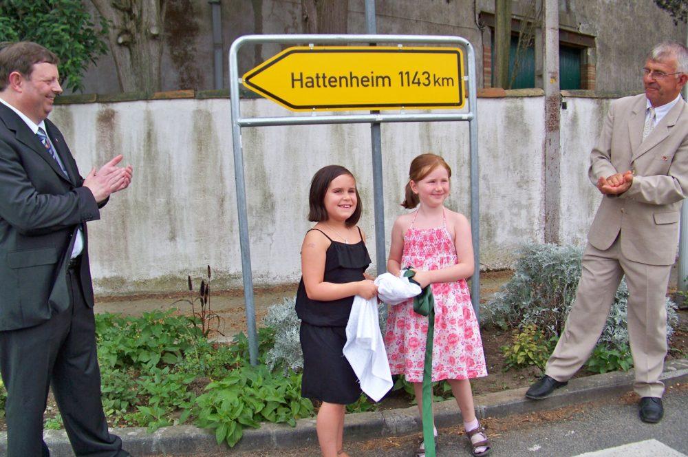 Inauguration du panneau Hattenheim à Arzens