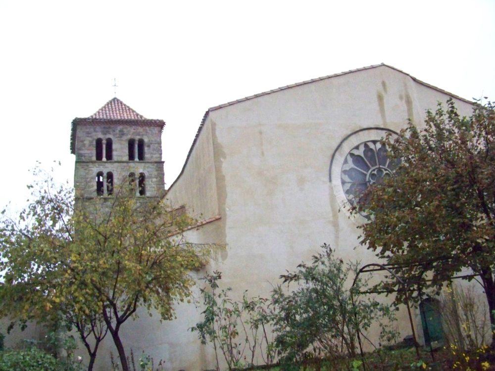 église d'Arzens vue du presbytère