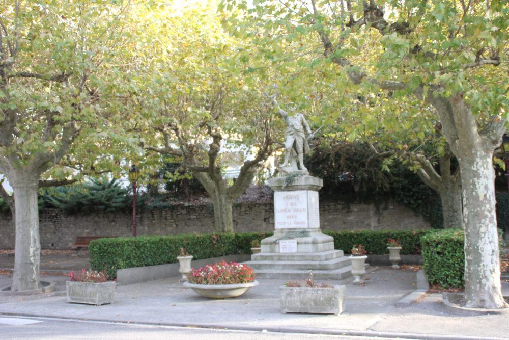 monument aux morts Arzens