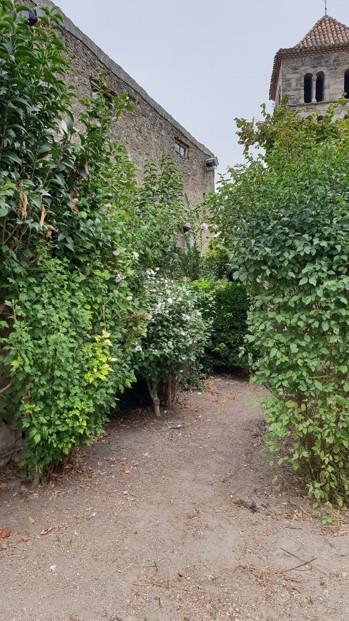 jardin de l'ancien presbytère Arzens