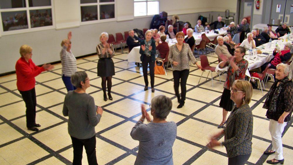 danse au club des ainés d'Arzens