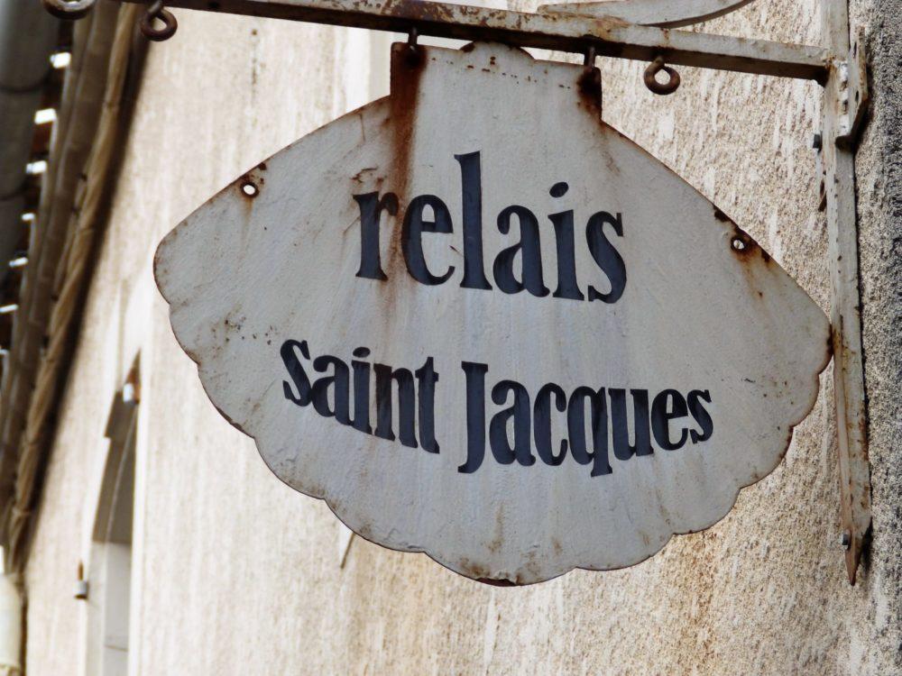 panneau relais Saint Jacques Arzens